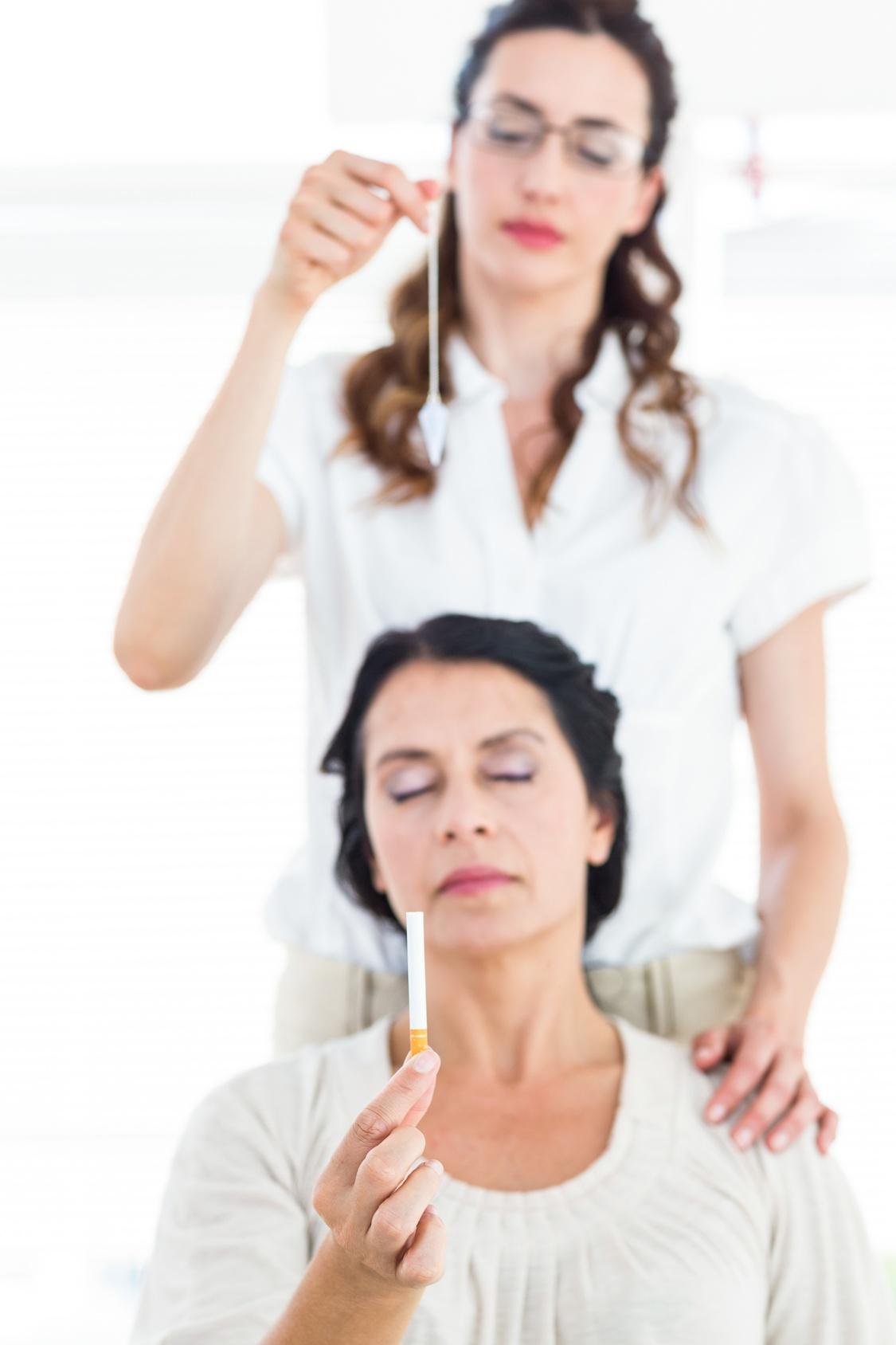 Бросить курить при помощи гипноза